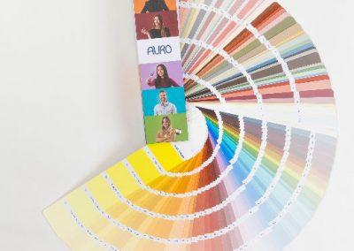 farbtonfaecher-auro_colours-for-life_offen