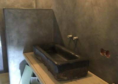 tadelakt_tadelakt-profi_tadelakt-potsdam_tadelakt_berlin_tadelaktwaschbecken_rohling_tadelakt-schwarz_tadelakt-poliert_tadelakt_glanz_schwarz_tadelakt_badezimmer